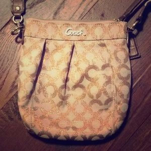 Coach mini signature coach rose gold/blush